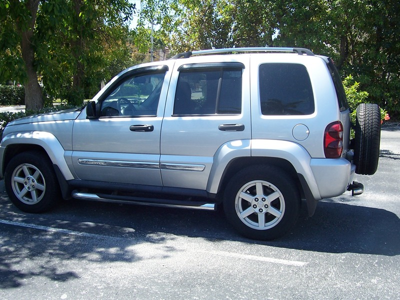 jeep liberty limited 2006 for sale by owner in key west fl 33040. Black Bedroom Furniture Sets. Home Design Ideas