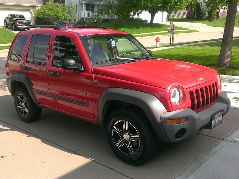 jeep liberty 2004 for sale by owner in bellevue ne 68147. Black Bedroom Furniture Sets. Home Design Ideas