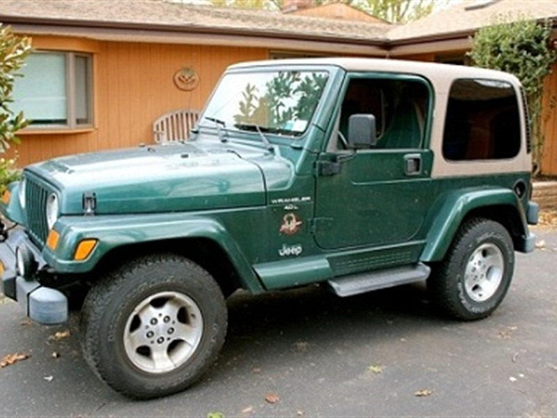 jeep wrangle 2001   for sale by owner in miami fl 33142