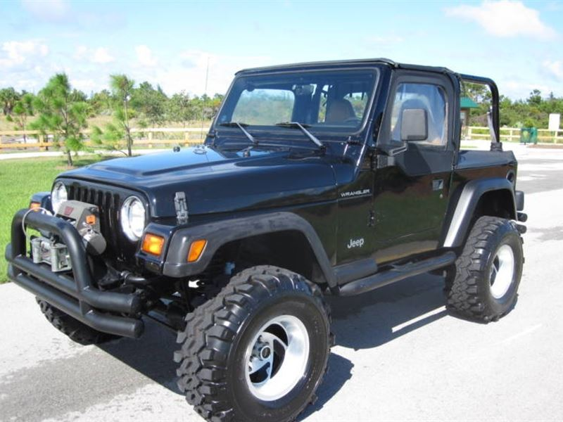 jeep wrangler se 4x4 1998 for sale by owner in chicago il 60701. Black Bedroom Furniture Sets. Home Design Ideas