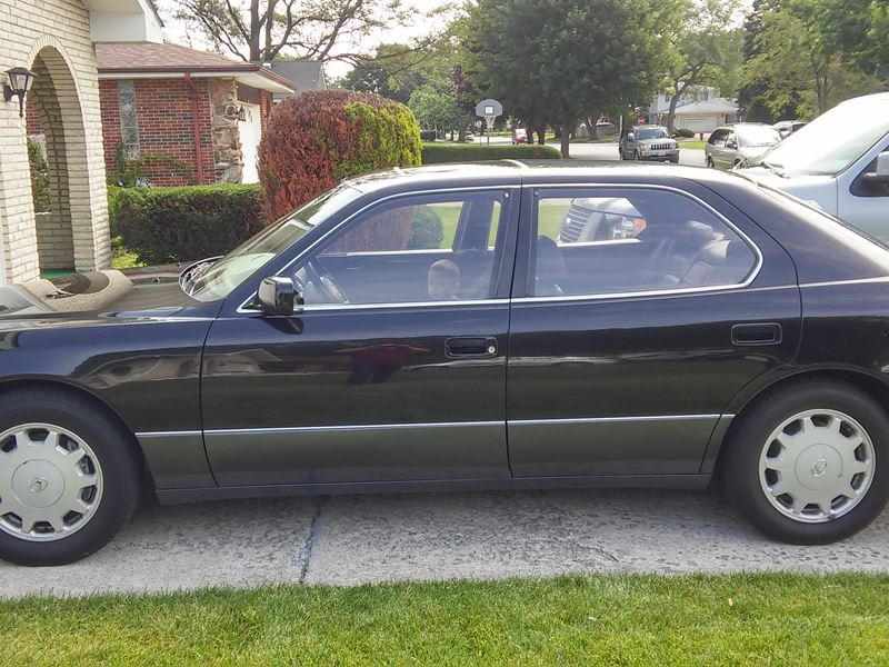 lexus ls 400 1997 for sale by owner in chicago il 60701. Black Bedroom Furniture Sets. Home Design Ideas