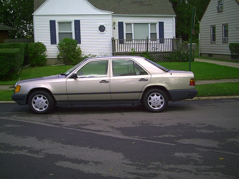 Mercedes benz 300d 1987 for sale by owner in oakton va for Used mercedes benz for sale by owner