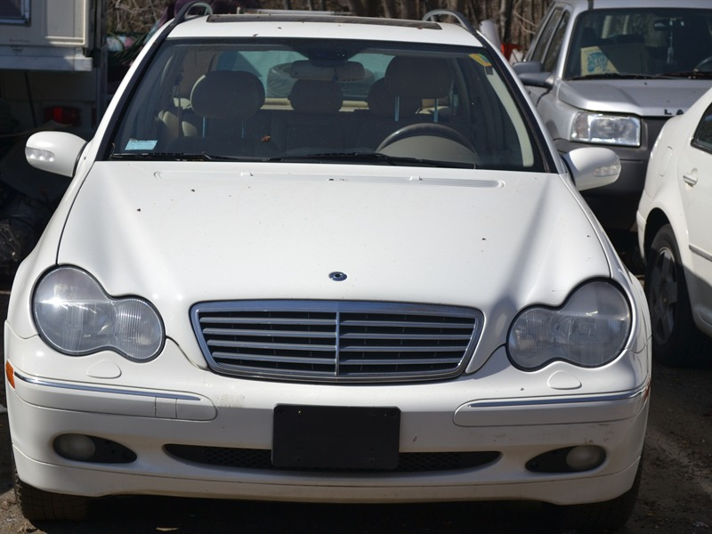 Mercedes benz c320 2001 for sale by owner in danbury ct for Mercedes benz of danbury used cars