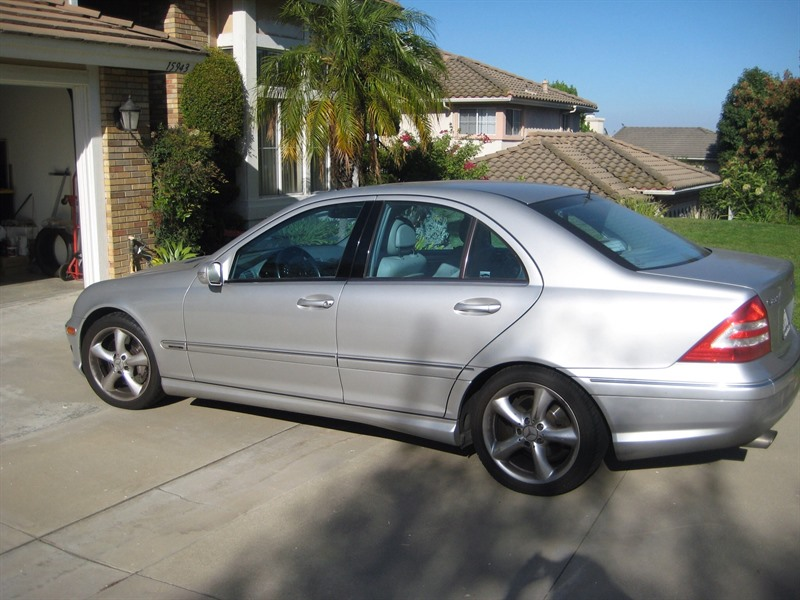 Mercedes benz c 230k 2005 for sale by owner in chino for Used mercedes benz for sale in california