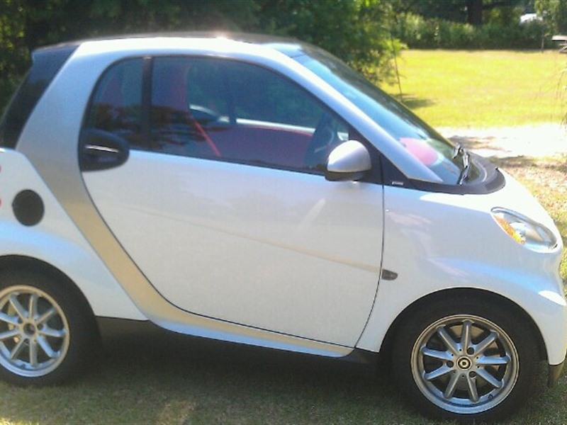 smart fortwo 2009 for sale by owner in columbia sc 29250. Black Bedroom Furniture Sets. Home Design Ideas