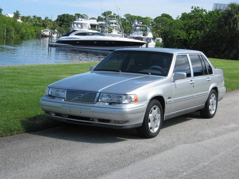 Volvo for saleby owner submited images