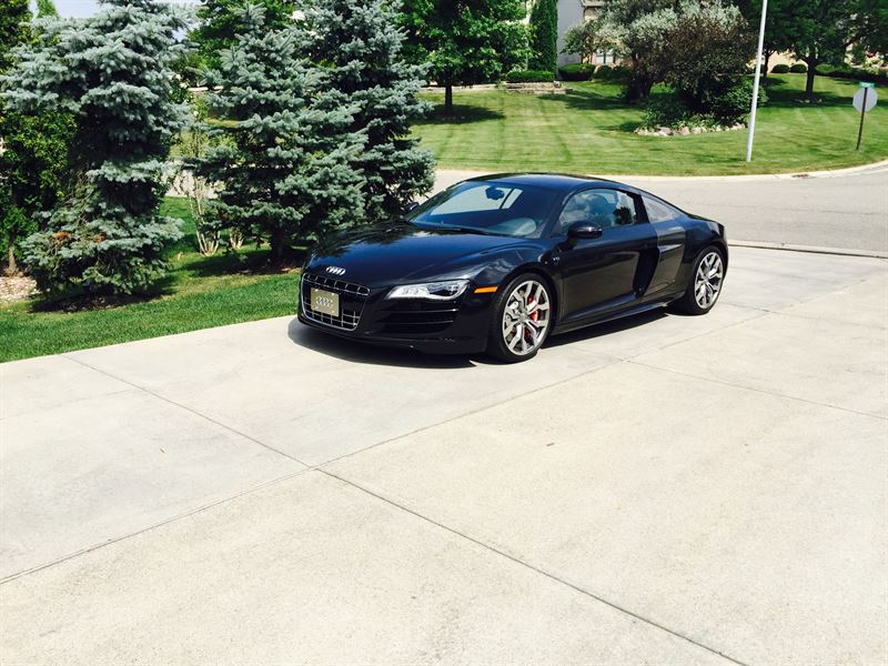 2012 audi r8 for sale by owner in grand blanc mi 48480. Black Bedroom Furniture Sets. Home Design Ideas