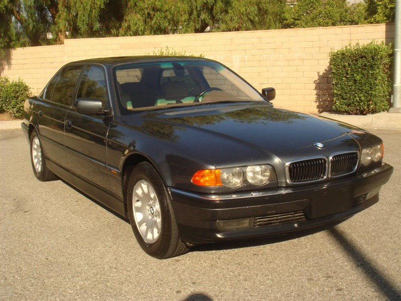 2000 bmw 740il for sale by owner in providence ri 02908. Black Bedroom Furniture Sets. Home Design Ideas