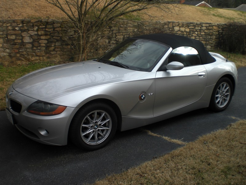 2003 bmw z4 for sale by owner in roanoke va 24015. Black Bedroom Furniture Sets. Home Design Ideas