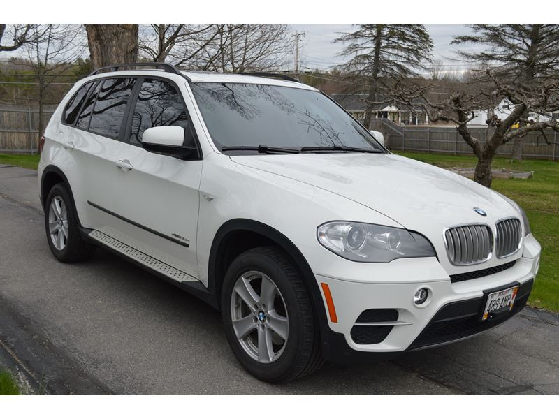 2012 bmw x5 for sale by owner in farmington me 04938. Black Bedroom Furniture Sets. Home Design Ideas