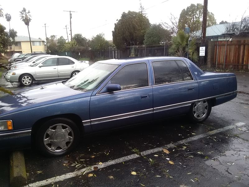 1997 Cadillac DeVille for sale by owner in Sacramento