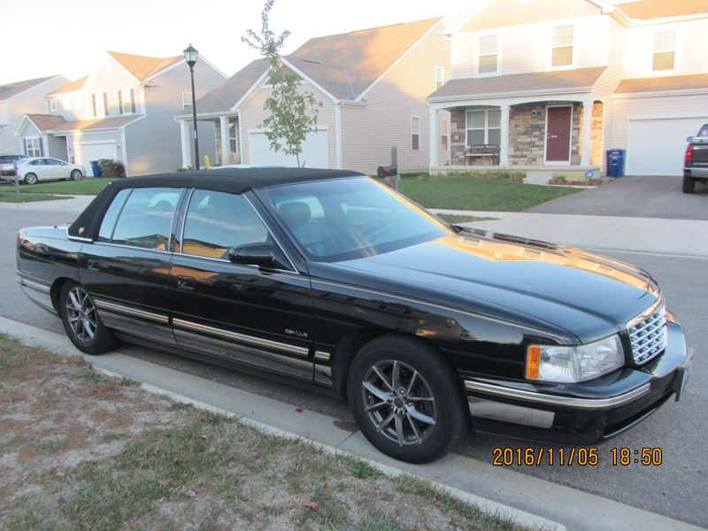 1998 cadillac deville for sale by owner in grove city oh. Black Bedroom Furniture Sets. Home Design Ideas