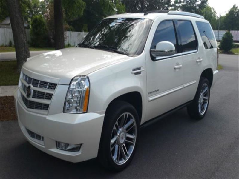 2012 cadillac escalade for sale by owner in nags head nc 27959. Black Bedroom Furniture Sets. Home Design Ideas