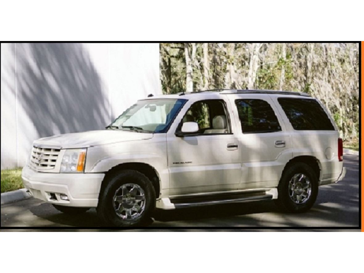 2004 Cadillac Escalade RWD 5.3L V8 16V for sale by owner in New Orleans