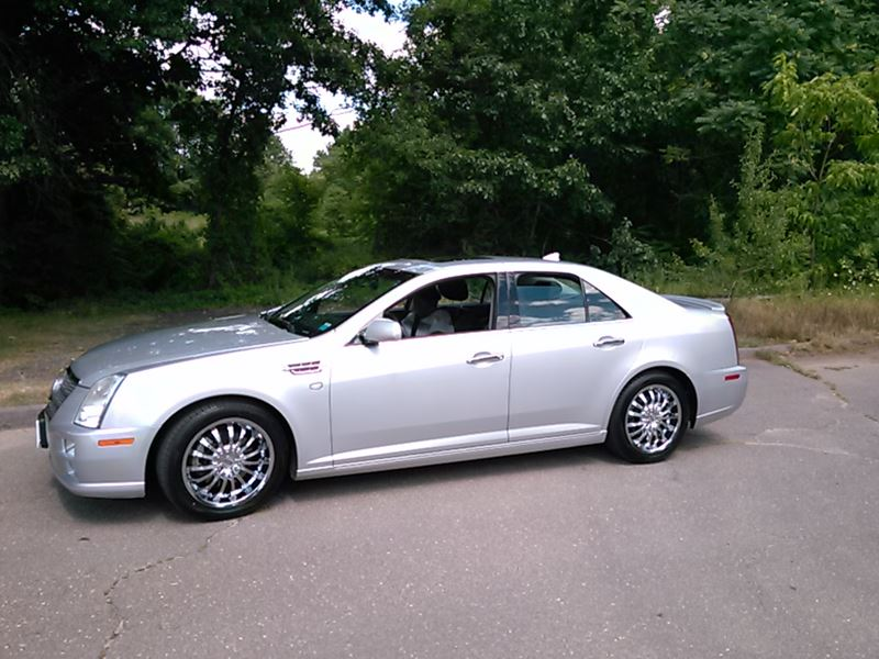2011 cadillac sts for sale by owner in east hartford ct 06138. Black Bedroom Furniture Sets. Home Design Ideas