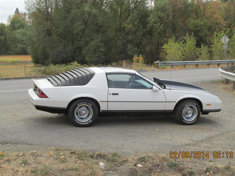 1986 chevrolet camaro classic car hillsboro or 97123. Black Bedroom Furniture Sets. Home Design Ideas