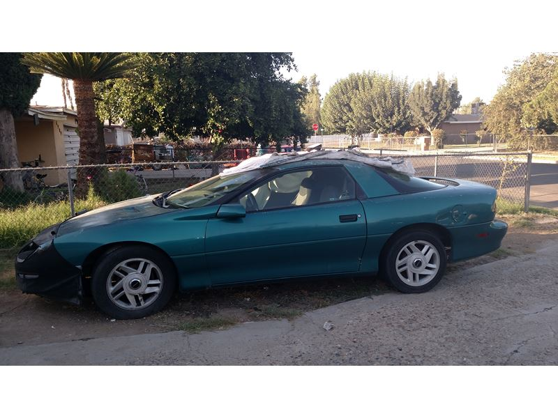1995 chevrolet camero for sale by private owner in bakersfield ca 93390. Black Bedroom Furniture Sets. Home Design Ideas