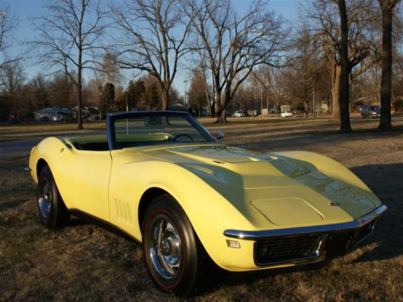 1968 chevrolet corvette classic car for sale by owner in kansas city mo 64151. Black Bedroom Furniture Sets. Home Design Ideas