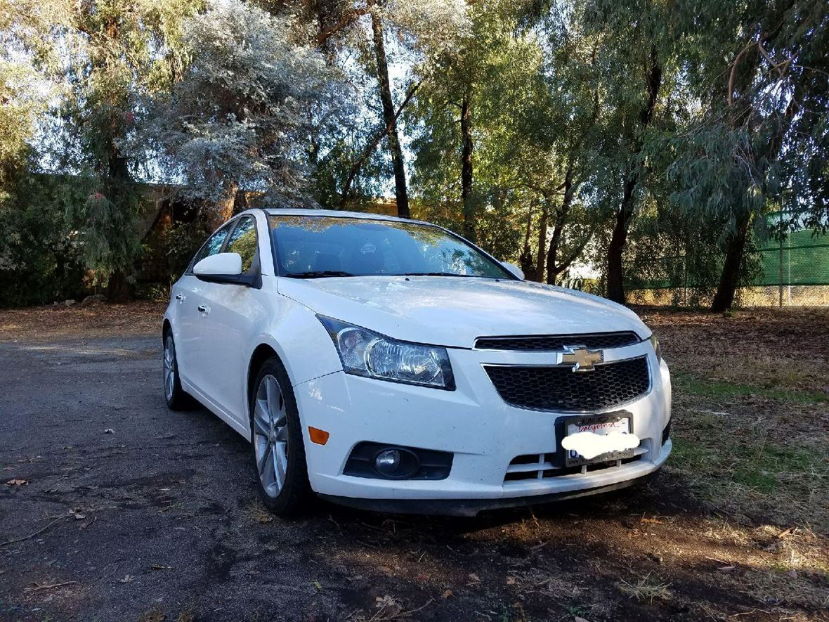 2013 Chevrolet Cruze for sale by owner in Carmichael