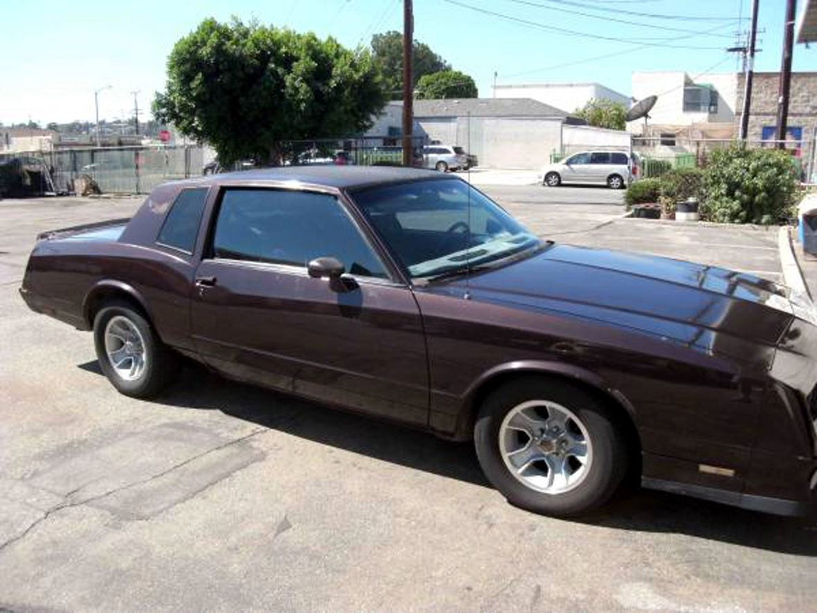 1985 Chevrolet Monte Carlo for sale by owner in Montebello