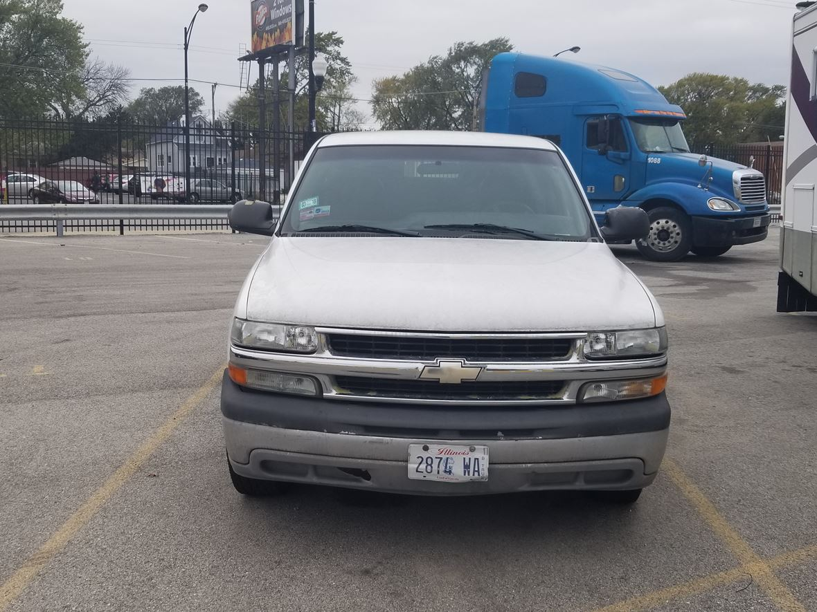 1999 Chevrolet Silverado 1500 for sale by owner in Chicago