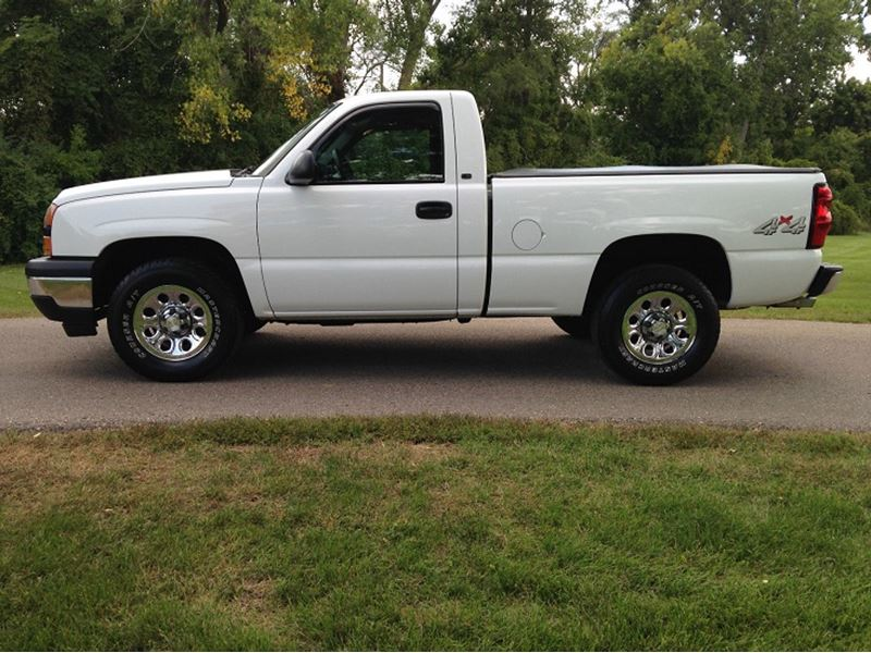 2006 chevrolet silverado 1500 sale by owner in columbus oh 43272. Black Bedroom Furniture Sets. Home Design Ideas