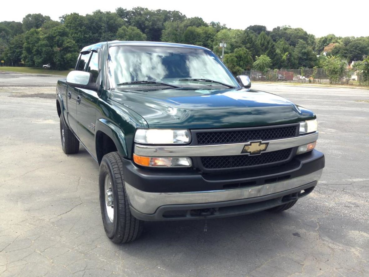 2001 Chevrolet Silverado 2500 Crew Cab for sale by owner in Kenner