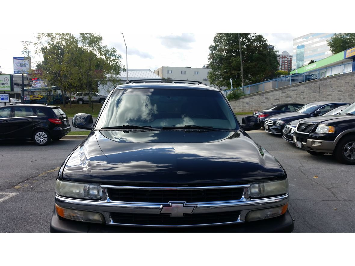 2000 Chevrolet Tahoe for sale by owner in Rockville