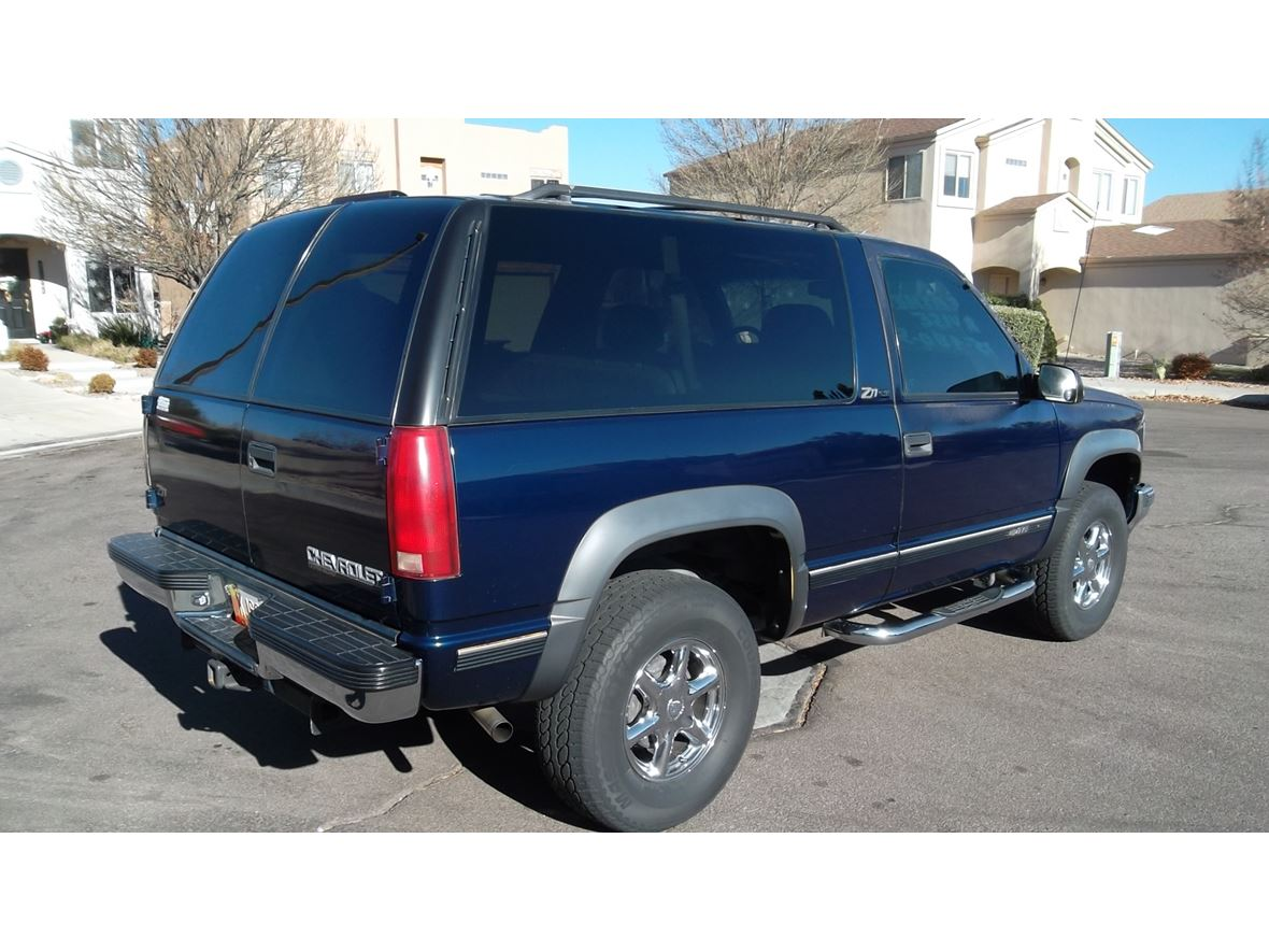 1999 Chevrolet Tahoe Limited/Z71 for sale by owner in Albuquerque