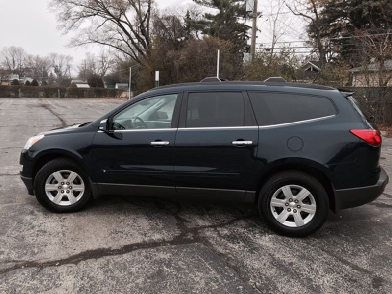 2010 chevrolet traverse for sale by owner in chicago il 60701. Black Bedroom Furniture Sets. Home Design Ideas