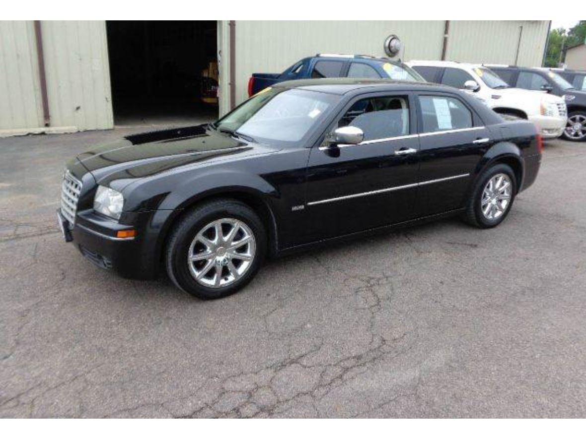 2010 chrysler 300 for sale by owner in eden prairie mn 55347. Black Bedroom Furniture Sets. Home Design Ideas