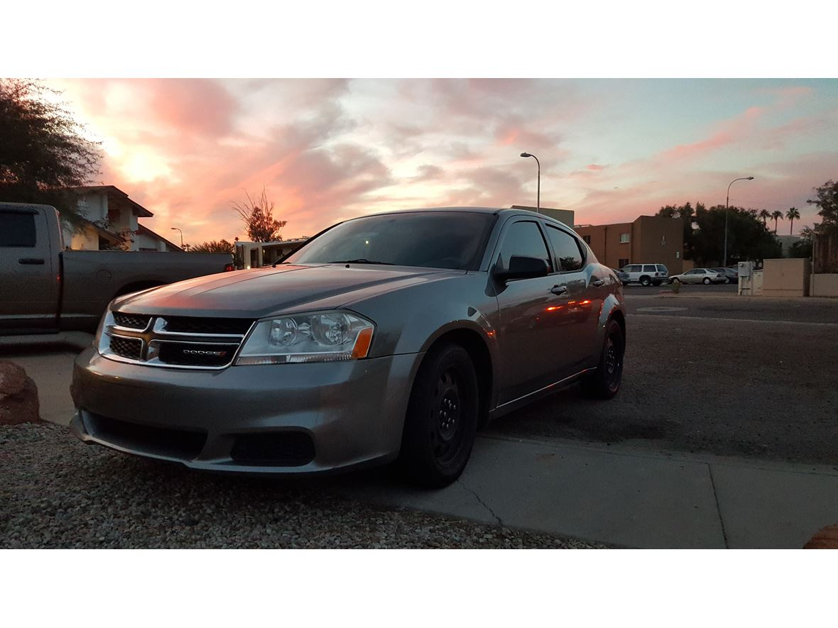 2012 Dodge Avenger for sale by owner in Avondale