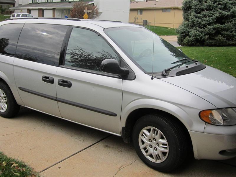 2004 dodge caravan private car sale in omaha ne 68198. Black Bedroom Furniture Sets. Home Design Ideas