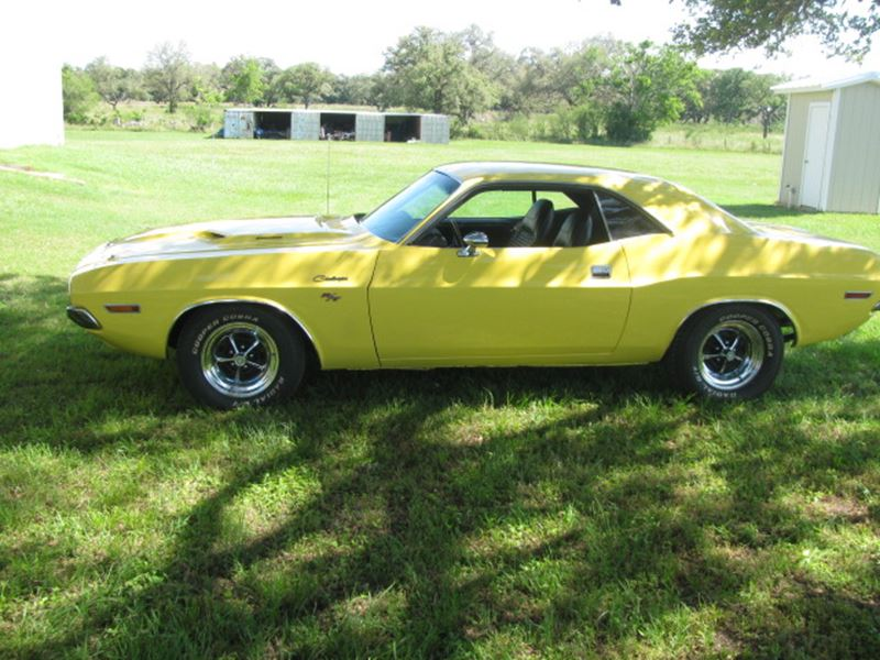 1970 dodge challenger classic car for sale by owner in cuero tx 77954. Black Bedroom Furniture Sets. Home Design Ideas