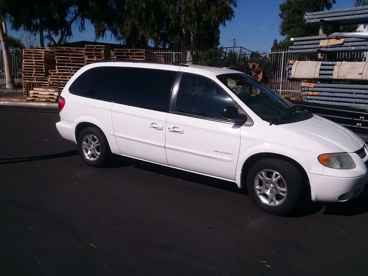 2001 Dodge Grand Caravan for sale by owner in San Pedro