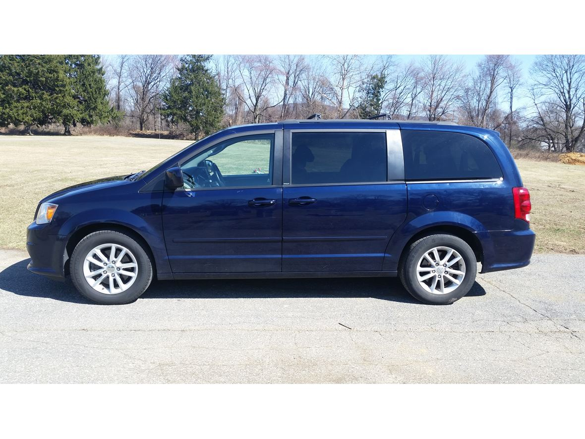 2013 dodge grand caravan for sale by owner in reading pa 19612. Cars Review. Best American Auto & Cars Review