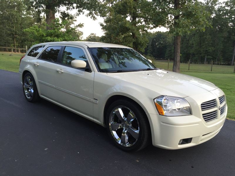 used 2006 dodge magnum for sale by owner in baltimore md 21297. Black Bedroom Furniture Sets. Home Design Ideas