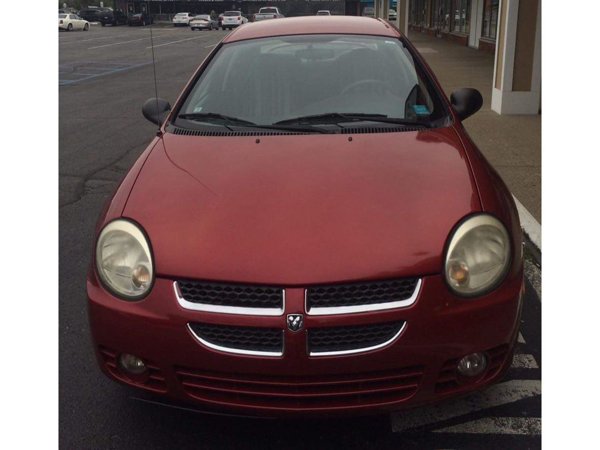 2004 Dodge Neon for sale by owner in Macomb
