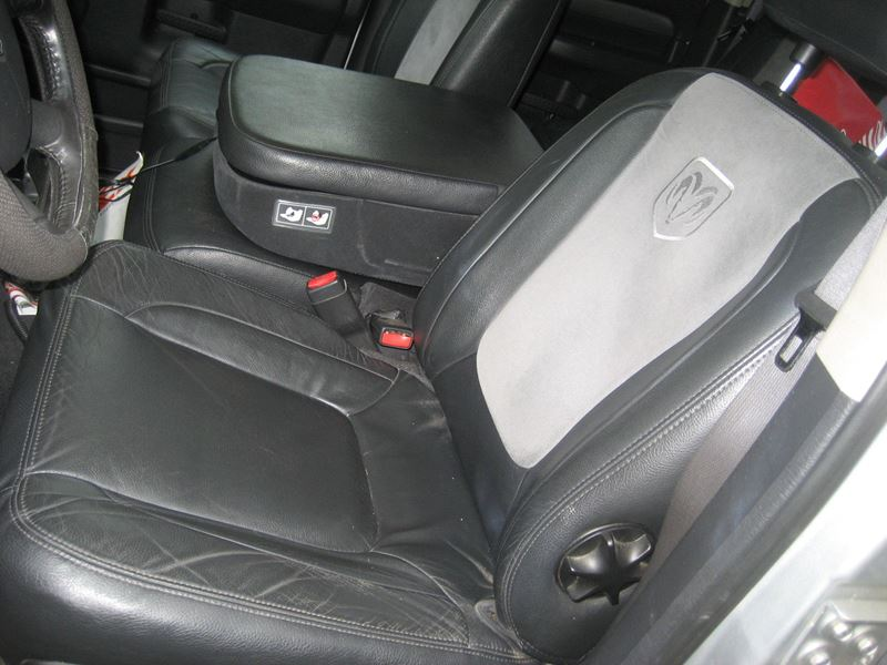 used 2003 dodge ram 1500 for sale by owner in buffalo ny 14202. Black Bedroom Furniture Sets. Home Design Ideas