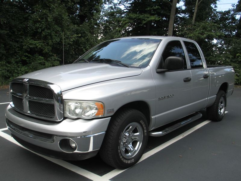 used 2003 dodge ram 1500 for sale by owner in saint louis mo 63109. Black Bedroom Furniture Sets. Home Design Ideas