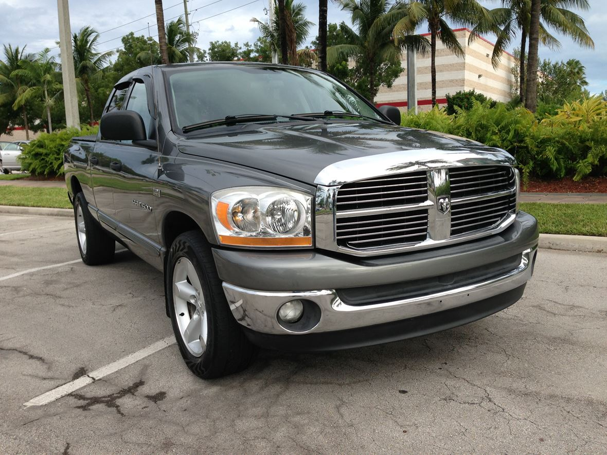 2006 Dodge Ram 1500 for sale by owner in Miami