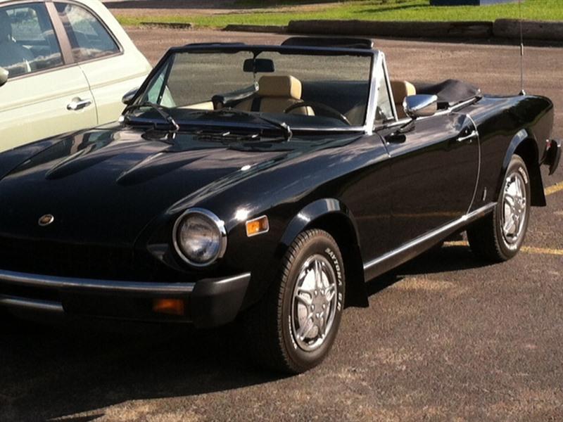1978 fiat spider 128 classic car charleroi pa 15022. Black Bedroom Furniture Sets. Home Design Ideas