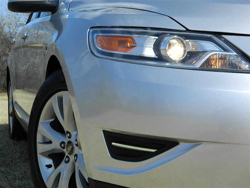 Used 2011 Ford Taurus for Sale by Owner in Chicago IL