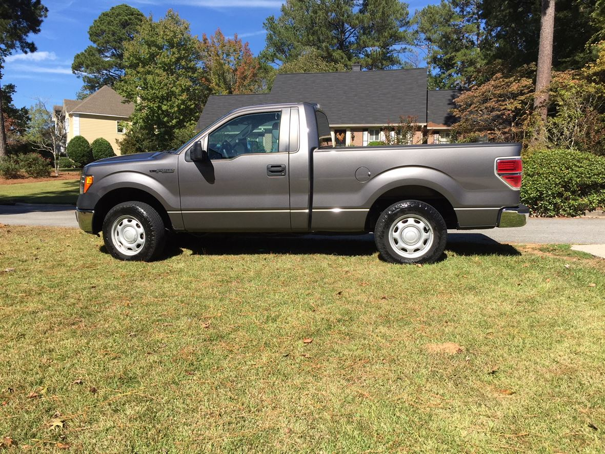 2012 Ford E-150 for sale by owner in Macon