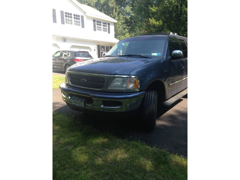 1998 Ford Expedition for sale by owner in Clifton Park