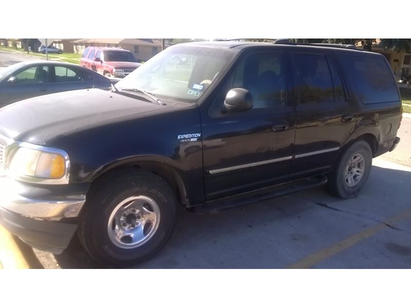 1999 ford expedition for sale by owner in crystal city tx 78839. Black Bedroom Furniture Sets. Home Design Ideas