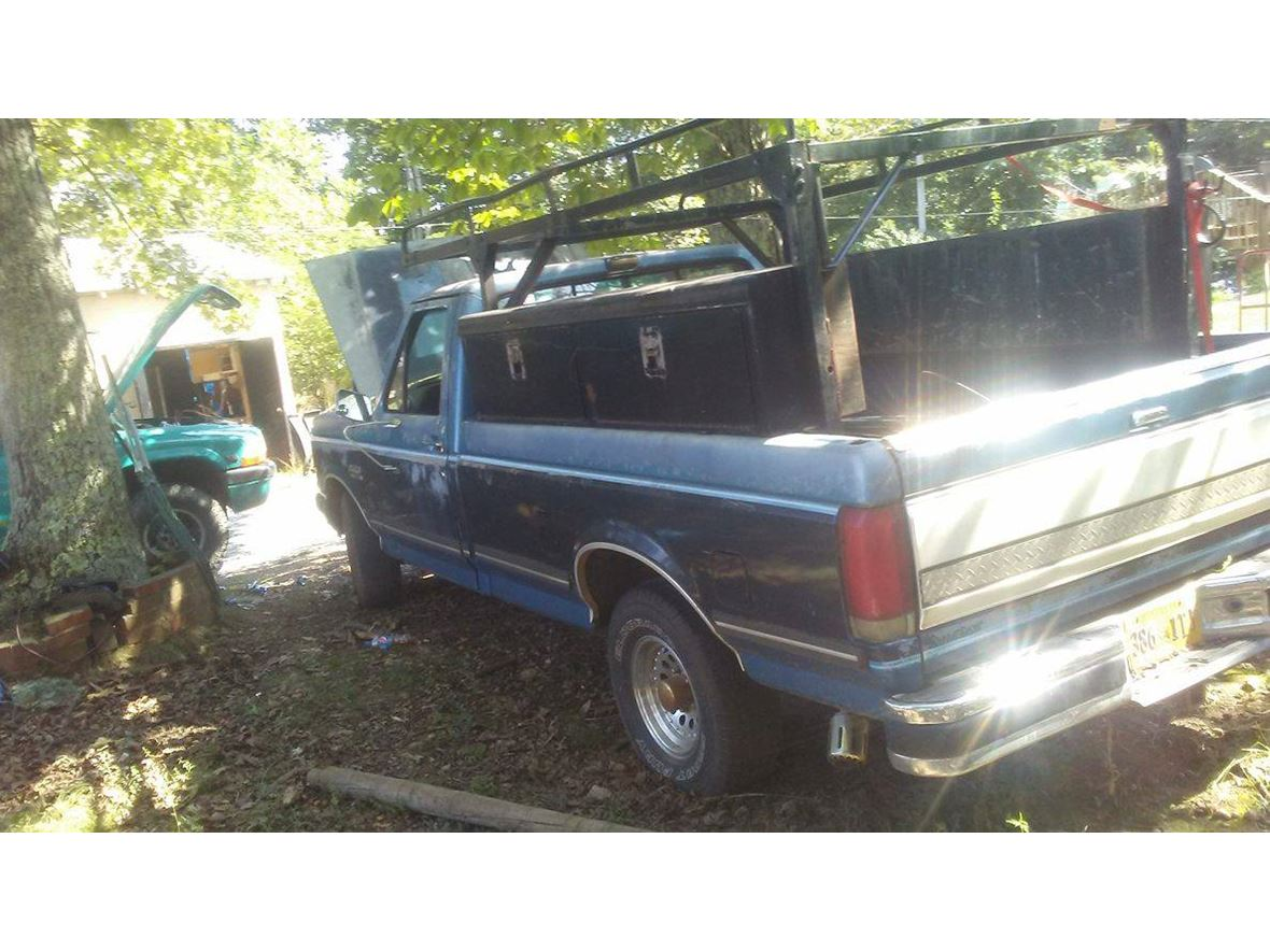 1989 Ford F-150 for sale by owner in Lynchburg