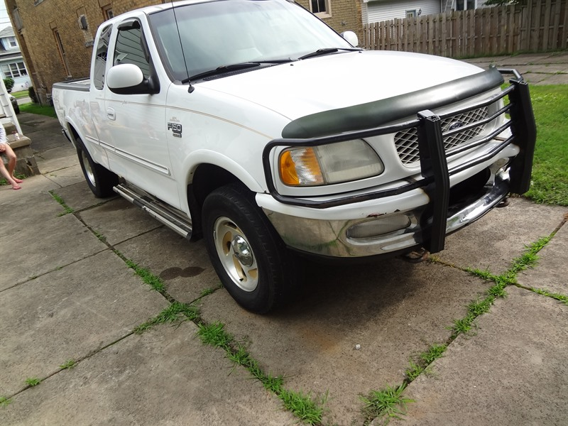 1998 ford f 150 for sale by owner in erie pa 16508. Black Bedroom Furniture Sets. Home Design Ideas