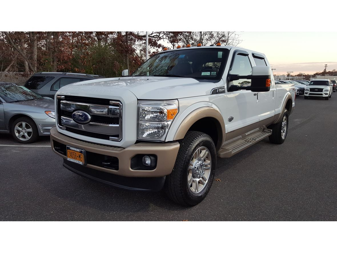 2011 Ford F-250 Super Duty for sale by owner in Middle Island
