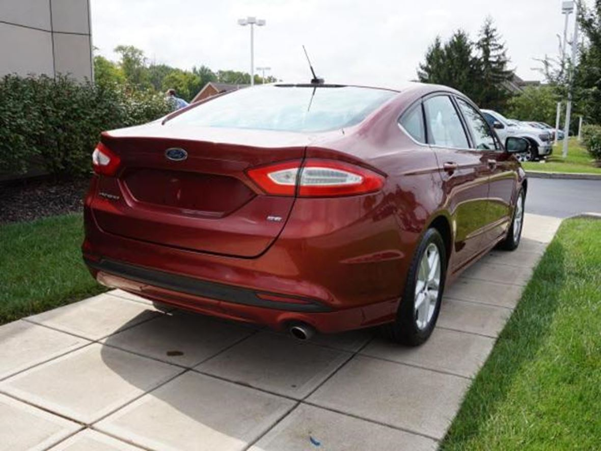2014 Ford Fusion for sale by owner in Cincinnati